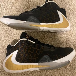 """COPY - Nike zoom freak 1 """"Coming to America"""" size…"""